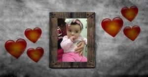 Moldura de corações com uma foto