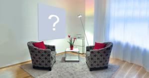 Coloque sua foto na parede de uma linda sala de estar