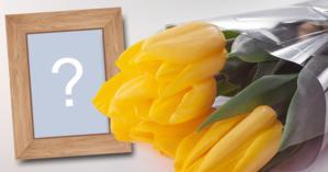 Linda moldura com buquê de flores amarelas. Adicione sua foto