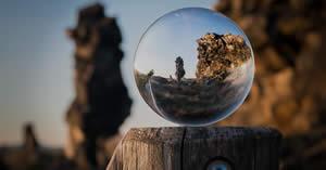 Coloque sua foto em um lindo globo de vidro! Faça sua montagem