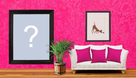 Stellen Sie Ihr großes Bild an die Wand des rosa Raumes!