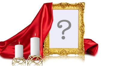 Montagem de foto com foto na moldura dourada e tecido vermelho!
