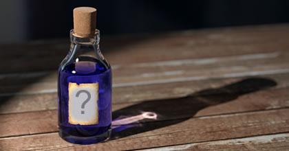 Montagem de foto com foto na garrafa azul!
