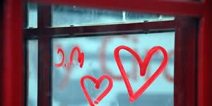 Mosaico de 10 amigos feito com a palavra Amor! Crie o Seu!