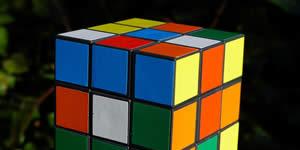 Cubo magico fatto di 26 amici! Crea il tuo!